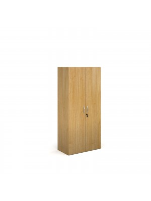 Contract bookcase 1630mm high with 3 shelves - oak