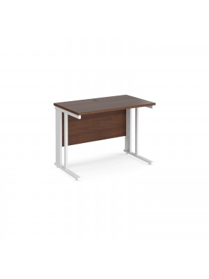 Maestro 25 straight desk 1000mm x 600mm - white cable managed leg frame, walnut top