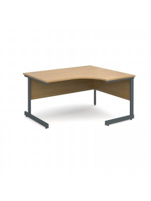 Contract 25 right hand ergonomic desk 1400mm - graphite cantilever frame, oak top