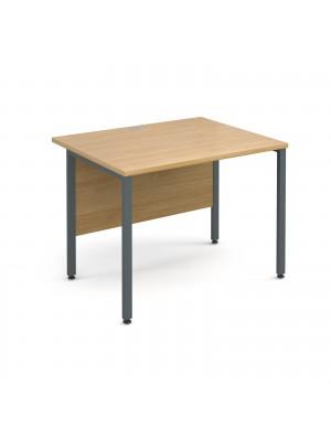 Maestro 25 GL straight desk 1000mm x 800mm - graphite H-Frame, oak top