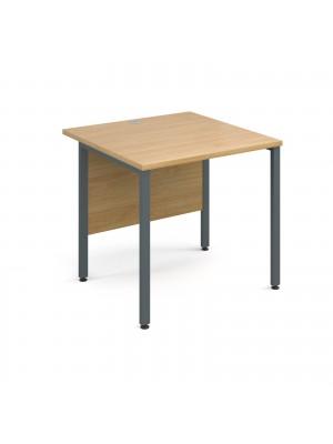 Maestro 25 GL straight desk 800mm x 800mm - graphite H-Frame, oak top