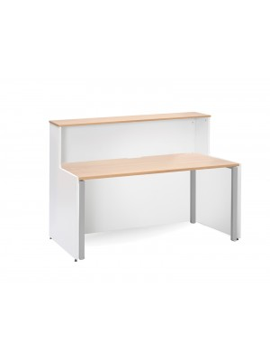 Welcome reception unit with Adapt single desk 1662mm - beech and white