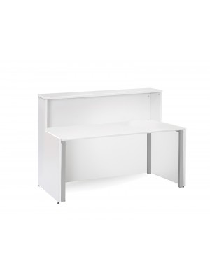 Welcome reception unit with Adapt single desk 1462mm - white